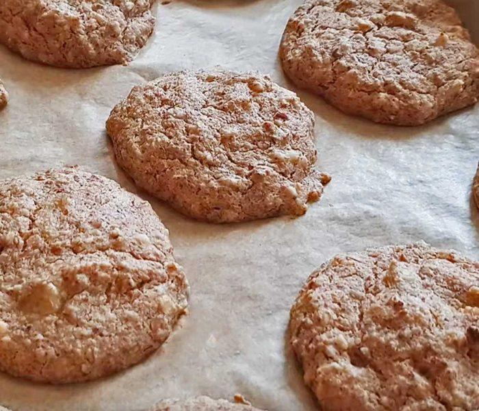 Oat pulp peanut butter & banana cookies