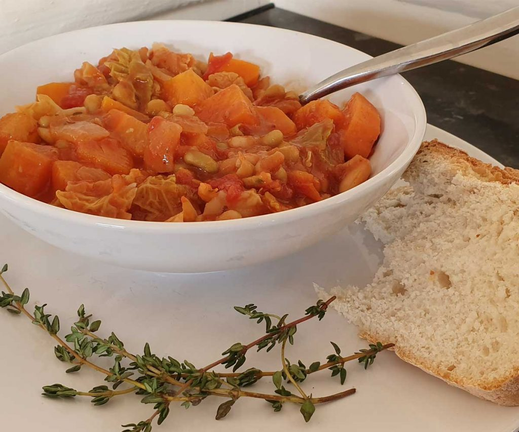 Healthy Tuscan Bean Soup