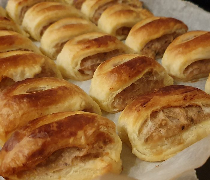 Easy Vegan Sausage Rolls