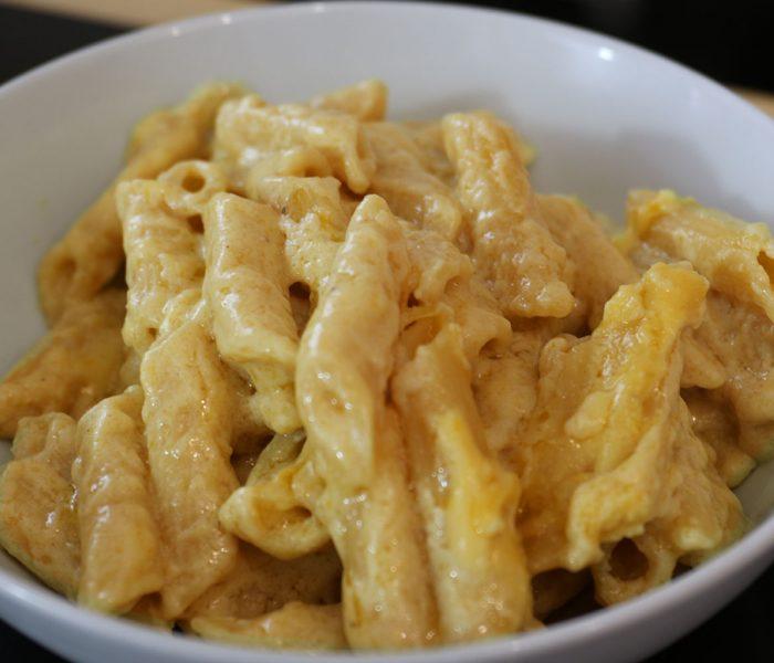 Really Simple Vegan Mac & Cheese