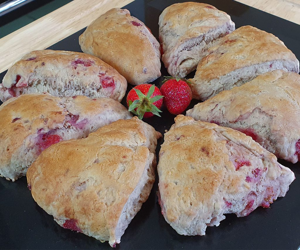 8 triangle strawberry scones